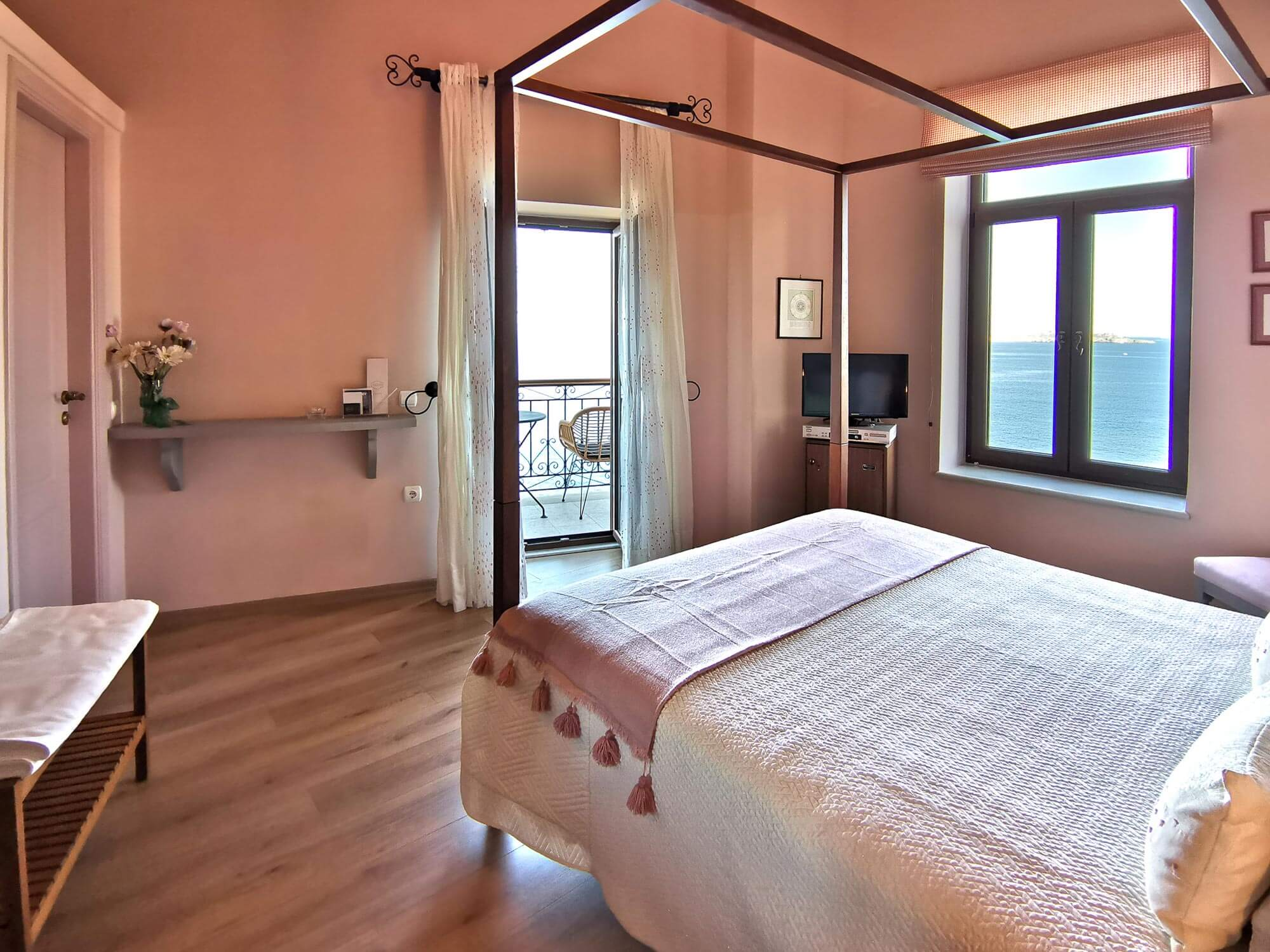 Suite in Hermoupolis Syros